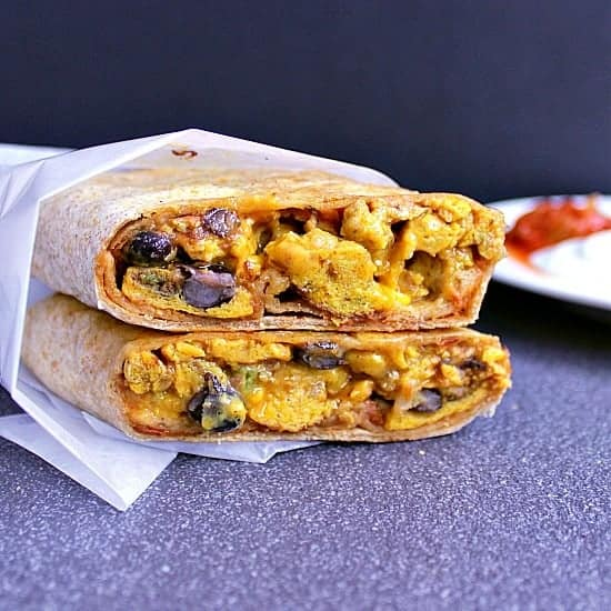 Mexican Breakfast Burritos Fully loaded breakfast wraps with taco seasoned ground beef, jalapeños, red onion, black beans, chipotle mayo and more! Perfect for breakfast to go!
