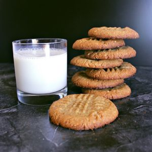 These are the best Low Carb Peanut Butter Cookies! They are quick and easy to whip up for that sweets crave and who doesnt love a good peanut butter cookie?