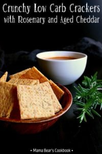 Pin this low carb crackers recipe for later!