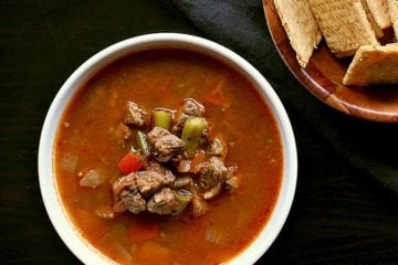 Loaded with beef and low carb vegetables, this delicious Slow Cooker Low Carb Vegetable Beef Soup is perfect for lunch or an easy weeknight meal.