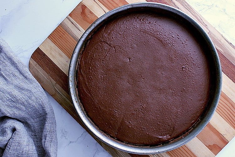 Freshly baked keto chocolate cheesecake.